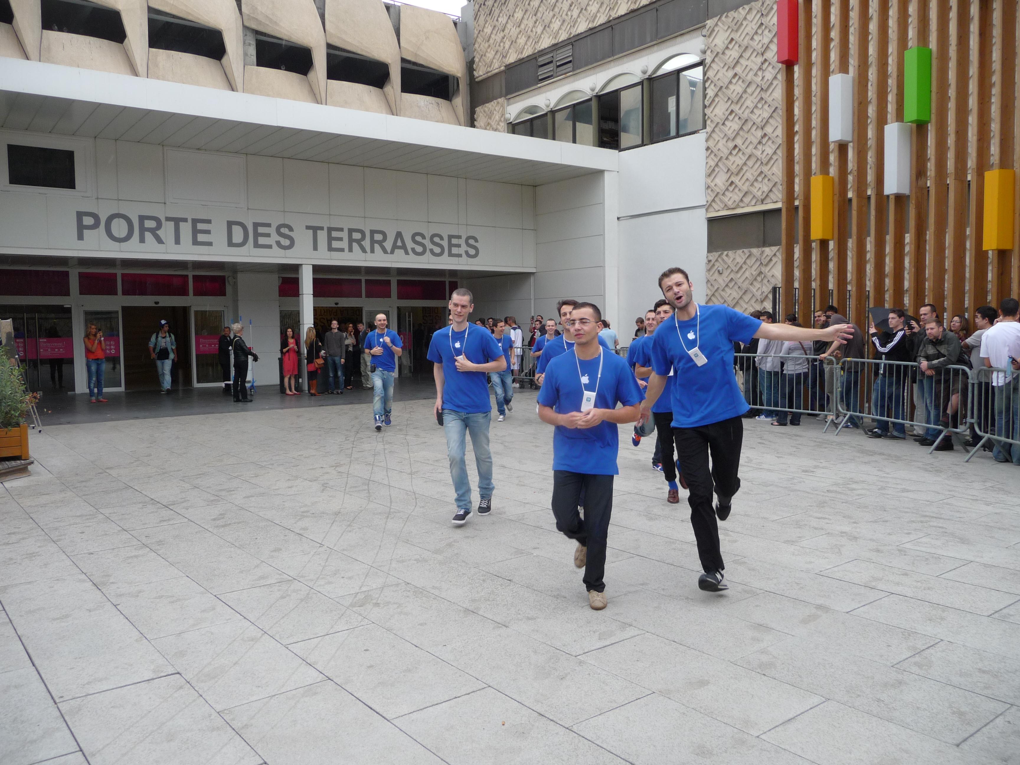 P1040942 Ouverture Apple Store Lyon Part Dieu : vivez lévénement comme si vous y étiez !