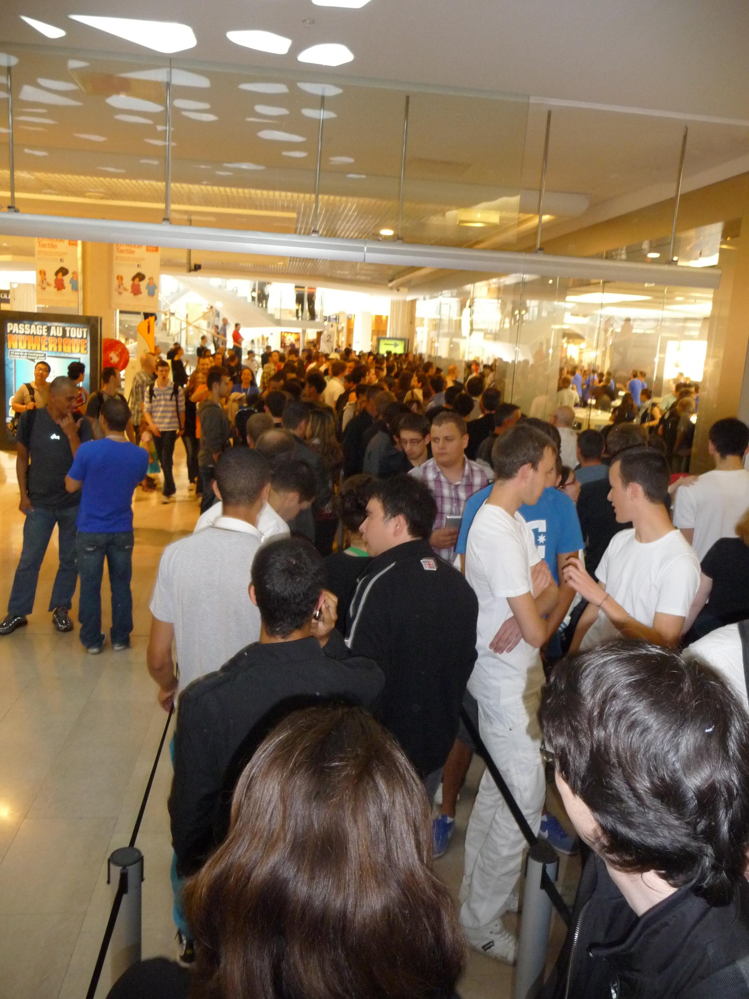 P1040949 Ouverture Apple Store Lyon Part Dieu : vivez lévénement comme si vous y étiez !