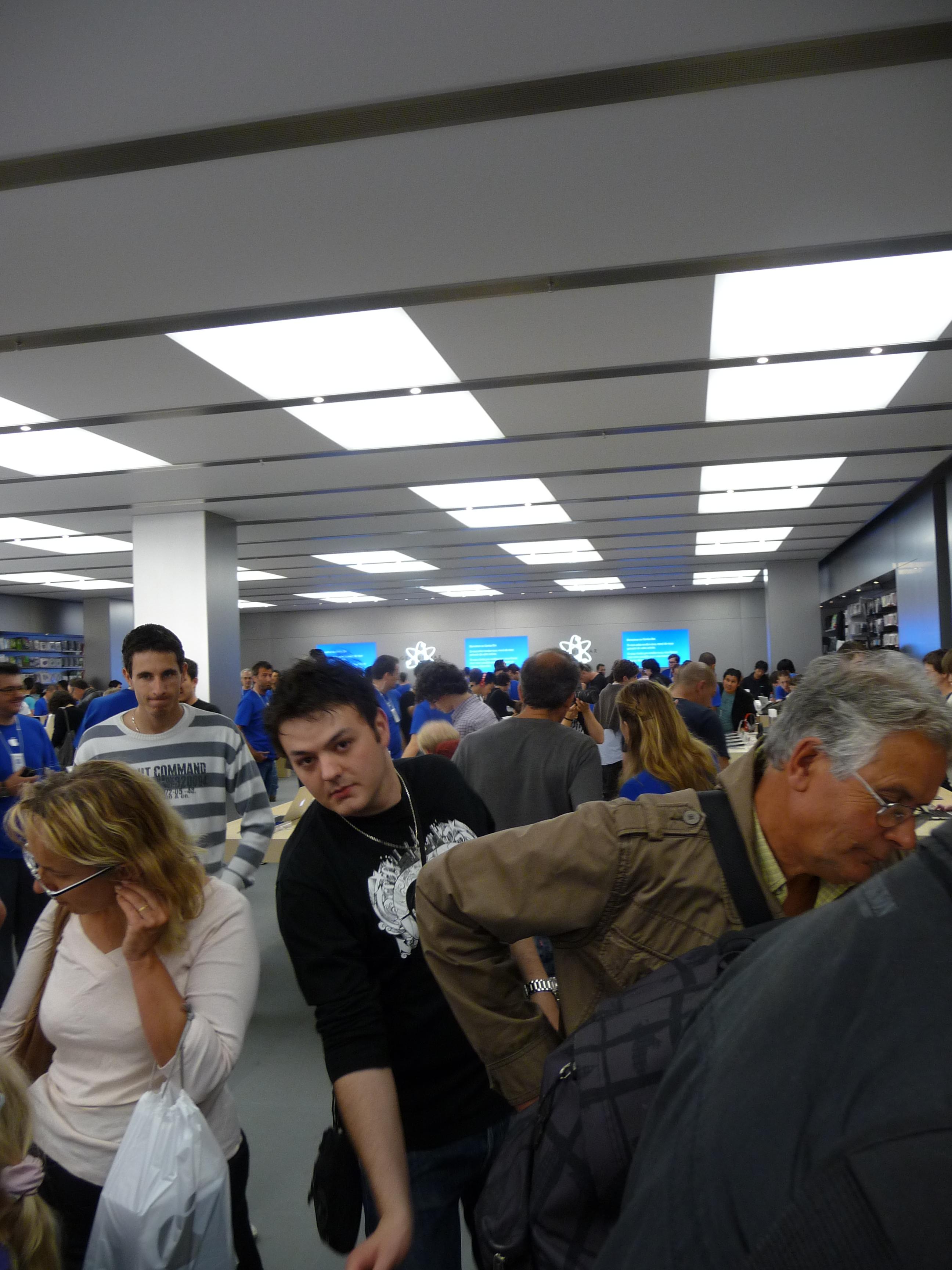 P1040982 Ouverture Apple Store Lyon Part Dieu : vivez lévénement comme si vous y étiez !