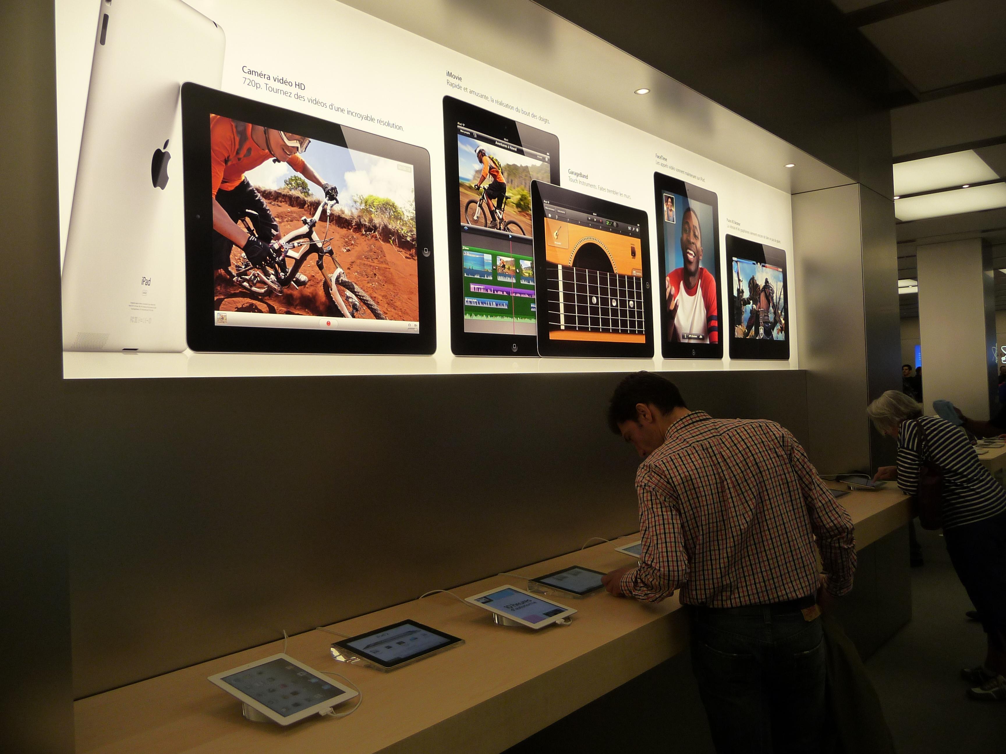 P1050019 Ouverture Apple Store Lyon Part Dieu : vivez lévénement comme si vous y étiez !