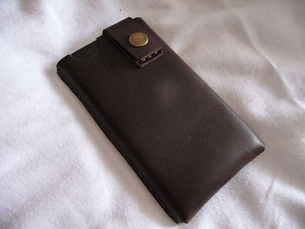 P1050064 [Test] MinorDetails vous propose une housse raffinée en cuir pour votre iPhone 4 (25€)