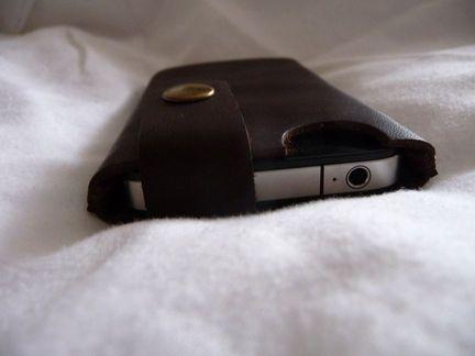 P1050065 [Test] MinorDetails vous propose une housse raffinée en cuir pour votre iPhone 4 (25€)