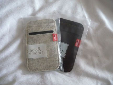 P1050070 [Concours] Gagnez deux housses Pack&Smooch pour votre iPhone ou votre iPod Touch (19€ et 39€)