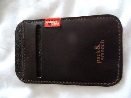 P1050078 [Concours] Gagnez deux housses Pack&Smooch pour votre iPhone ou votre iPod Touch (19€ et 39€)