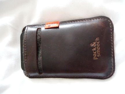 P1050079 [Concours] Gagnez deux housses Pack&Smooch pour votre iPhone ou votre iPod Touch (19€ et 39€)