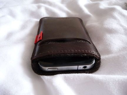 P1050081 [Concours] Gagnez deux housses Pack&Smooch pour votre iPhone ou votre iPod Touch (19€ et 39€)