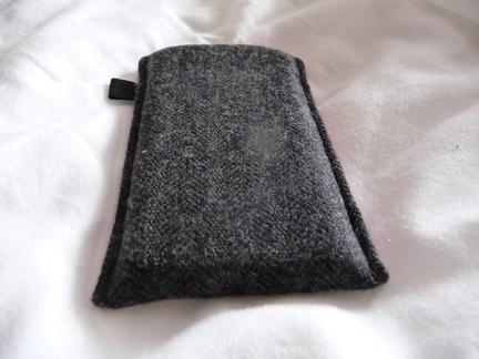 P1050090 [Test] Protégez votre iPhone/iPod Touch avec une housse bicolore (~20€)