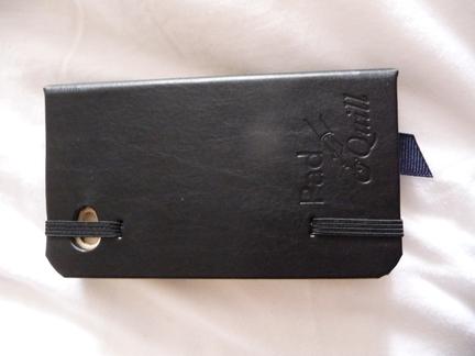 P1050115 [Test] Un petit cahier noir pour votre iPhone/iPod Touch? (~28€)
