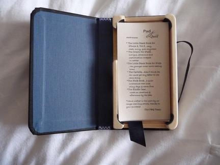 P1050116 [Test] Un petit cahier noir pour votre iPhone/iPod Touch? (~28€)