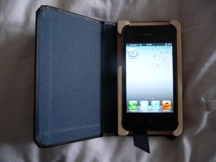 P1050120 [Test] Un petit cahier noir pour votre iPhone/iPod Touch? (~28€)