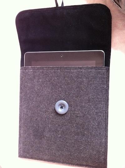 IMG 0366 1 Novodio Feather Sleeve pour iPad à gagner   Une housse en feutrine luxueuse ! (14,90€)