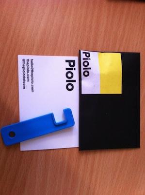 IMG 0391 2 Piolo à gagner   Un mini support pour iPhone 4 ultra pratique (4,50€)