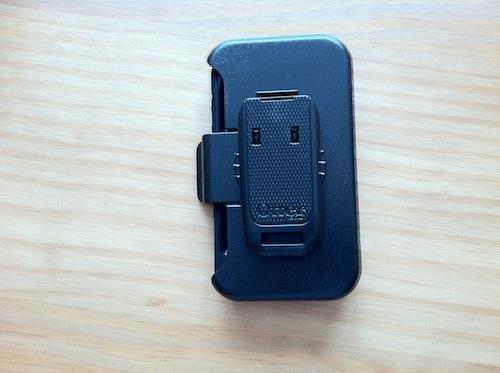 Test Defender008 Concours : Une coque Otterbox Defender pour iPhone 4 à gagner (35€)