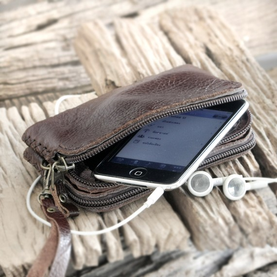 il 570xN.224199207 [Test] Emmenez votre iPhone partout avec vous grâce à TheLeatherTH (~30€)