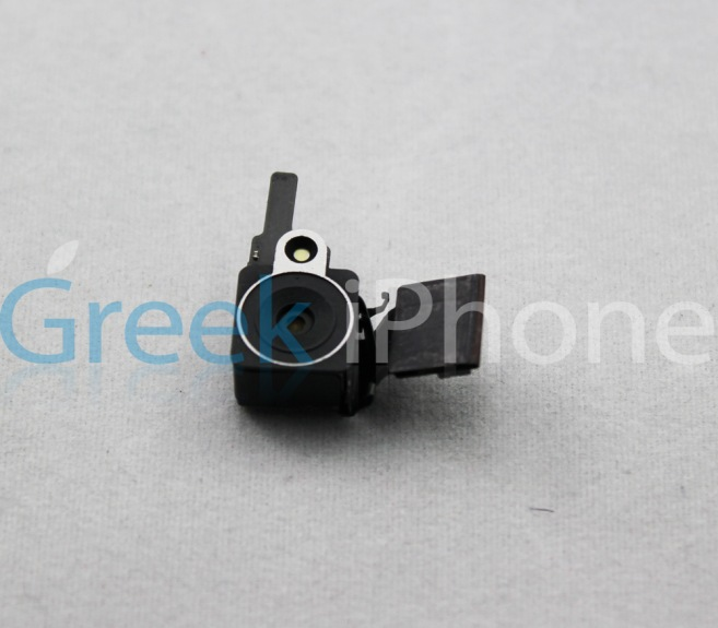 iphone 5 camera part grek iphone leak 001 Lappareil photo de liPhone 5 bien meilleur que celui de liPhone 4 ?