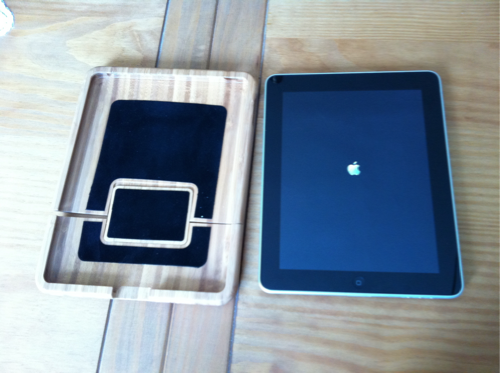 TestBambiPad009 Test de la BoxWave Bamboo Case pour iPad 1 et iPad 2