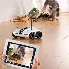 Rover Spy Tank 2 Rover Spy Tank : Un robot espion contrôlé via iPhone ou iPad