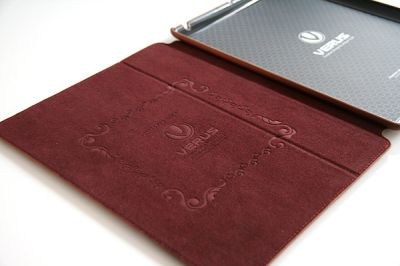 Verus nubi Etui Cuir Verus Nubi Premium pour iPad 2   Un Étui/Smart Cover très chic pour iPad 2 (34,99€)
