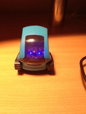 photo 2 Test du TankBot   Un Tank intelligent contrôlable depuis liPhone (20€)