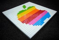 Apple Logo Lego1 Humour : construire un Apple Store en Légo, bientôt possible ?