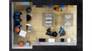 Apple Store Lego 2 300x168 Humour : construire un Apple Store en Légo, bientôt possible ?