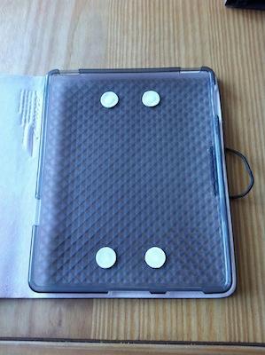 CcrsLeatherArcEvouni 018 Concours : Un étui innovant Leather Arc Cover d'Evouni pour iPhone 4/4S à gagner ! (55€)