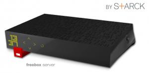 FreeBox Révolution 300x147 Le designer Philippe Starck a travaillé sur un futur produit pour Apple