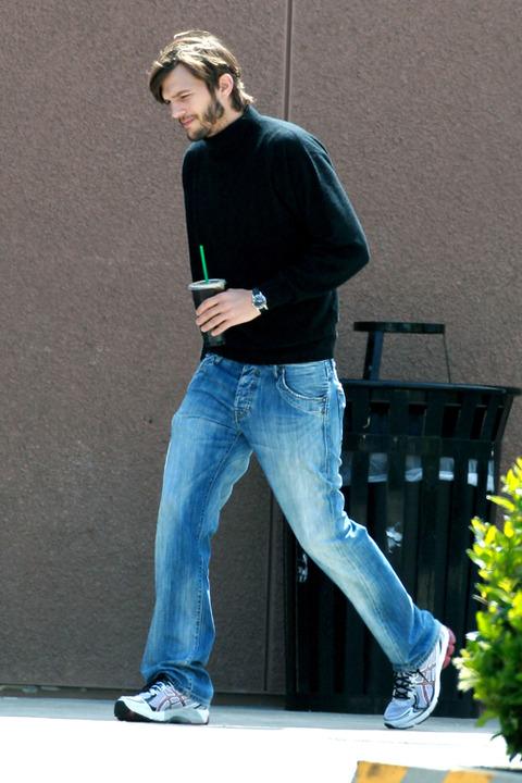 Ashton2 Quand Steve Jobs retrouve sa jeunesse