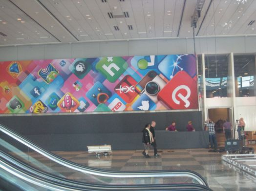WWDC 2 Le Moscone Center se prépare pour la WWDC 2012 dApple