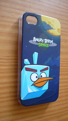 CcrsAngryBirdsSpace 005 Concours : Une coque Angry Birds Space pour iPhone 4/4S à gagner