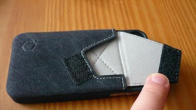 CcrsWalletStand 003 Concours : 1 coque Wallet Stand de Arctic pour iPhone 4/4S à gagner (21€)