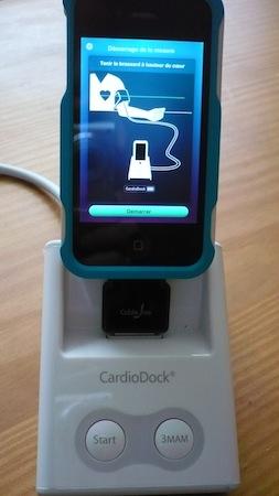 TstdockStubz 009 Test du dockStubz de CableJive pour utiliser votre iMachin même avec sa coque (13€)