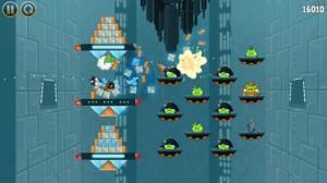 mzl.xkkpdeny.320x480 75 300x168 Angry Birds Star Wars à la conquête de lApp Store dès aujourdhui !