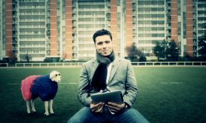 Dimitri Yachvili 11 300x180 Humour : un iPhone qui se transforme en ballon de rugby