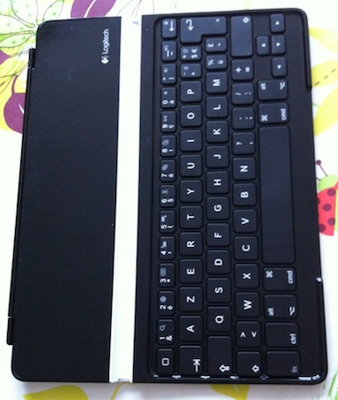 CcrsKeyboardCover 002 Concours : 1 Ultrathin Keyboard Cover pour iPad à gagner (99€)