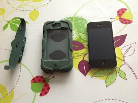 CcrsSurvivoriPhone 002 Concours : 1 coque Survivor pour iPhone 4 (39€) à gagner !