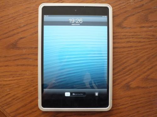 bumper ipad mini 500x375 Accessoire : Test du bumper aluminium EasyOne Slide On (44,95€) pour iPad Mini