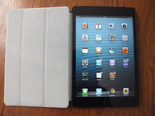 smart cover ipad mini 3 500x375 Accessoire : Test de létui Smart Cover Slim (19,95€) pour iPad Mini