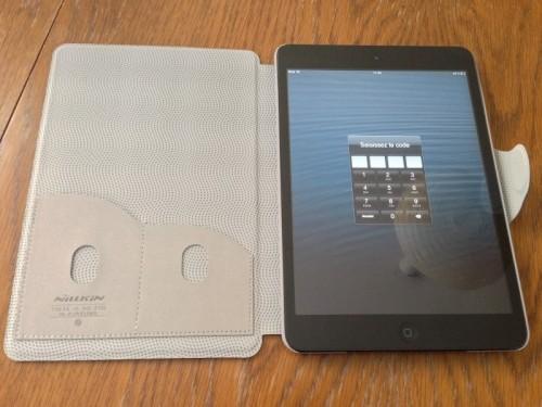 Etui cuir NIKKLIN iPad Mini 2 500x375 Accessoire : Etui Cuir NILLKIN Executive Stand (34,95€) pour iPad Mini