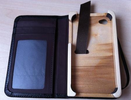 Test LittlePocketBook 004 Test de létui Little Pocket Book (46€) pour iPhone de Pad&Quill