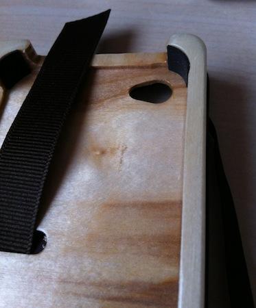 Test LittlePocketBook 007 Test de létui Little Pocket Book (46€) pour iPhone de Pad&Quill