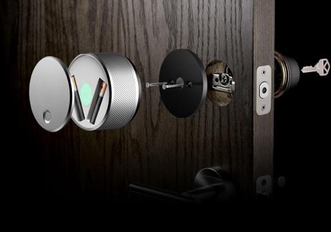 August smart lock 1 Ouvrir une porte sans clef est chose possible avec ce concept