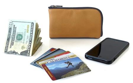 Crs FinnWallet 012 Concours : 2 étuis Finn Wallet (22€) pour iPhone (4 et 5) à gagner