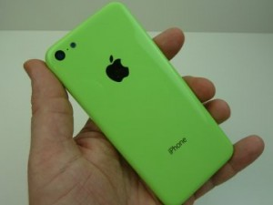 iPhone 5C 300x225 iPhone 5C (low cost) sans Siri ?