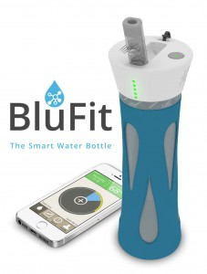 blufit 3 227x300 Accessoire : BluFit bottle (54$), la bouteille connectée qui donne soif