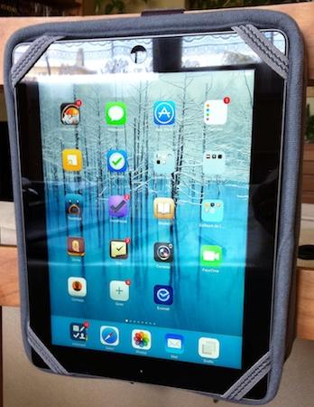 Test Innovo 007 Test du Innovo pour iPads 2 à 4, un étui pour regarder des films en voiture