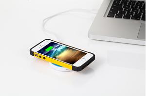 iqi opt1 Accessoires iPhone – les concepts et tendances du moment : iQi Mobile Wireless Charging