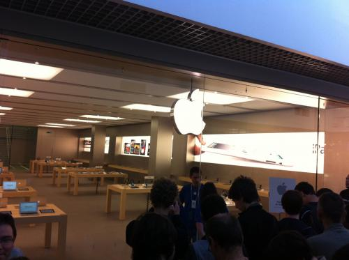 parly 2 apple store Apple Store Parly 2 : 100 000 euros diPhone 5S dérobés