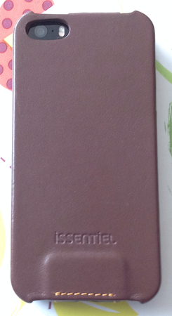 EtuiPrestige 002 Nouvelles couleurs pour létui Prestige de Issentiel pour Iphone 5/5S (49,90€)