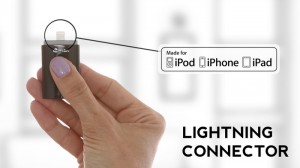 iStick 300x168 Accessoire : iStick, une clef USB compatible iPhone, iPod, iPad (65$)